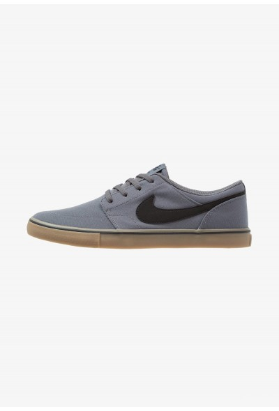 Nike PORTMORE II SS CNVS - Baskets basses dark grey/black/light brown
